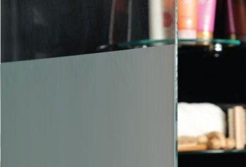 זכוכית שליש חלבי - שליש מזכוכית המקלחון חלבית והשאר שקוף