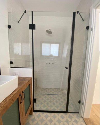 מקלחון חזיתי מילאנו