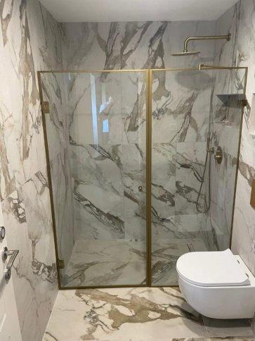 מקלחון חזית רומא
