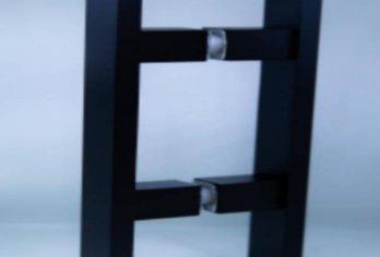 ידית H מרובעת: גימור שחור,ניקל מבריק